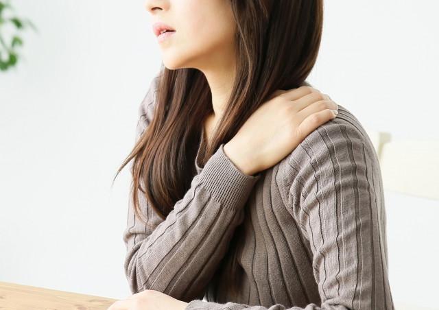 産後の肩こりはなぜ起こるの?